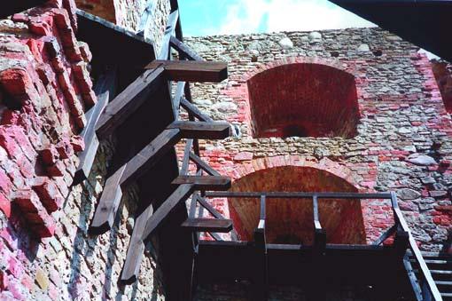 Бауска и Рундале. Последняя крепость крестоносцев и дворец Растрелли